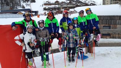 Equipe de compétition de Marseille Provence Ski Team jour de l'an 2020 à Vars